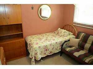 Room For Rent Close to Brock Uni/ Niagra college
