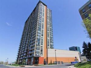 Corner unit 2bdrms / 12th / Blu Rivage- Garage / Metro Longueuil