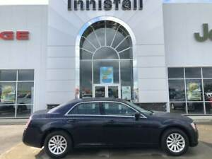 "2011 Chrysler 300 Touring, 8.4"" Touchscreen, Remote Start, Keyle"
