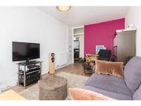 1 bedroom flat in Upper Richmond Road, Putney, London, SW15