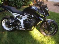 CB650f mat metalic black and white georgeous bike