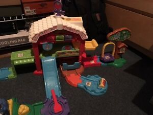 VTECH TOYS: (2) INFANT & TODDLERS-GREAT CONDITION