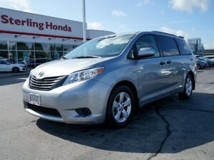 2013 Toyota Sienna ALL WEATHER MATS | NO ACCIDENTS