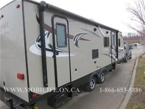*CLEARANCE* LIGHT *SLEEPS 8! * PASSPORT 2810BH FOR SALE