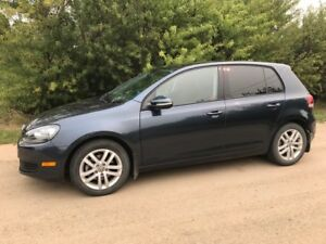 2010 Volkswagen Golf - Includes Winter Tires