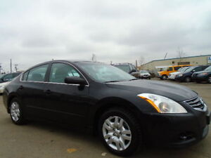 2012 Nissan Altima 2.5 SPORT-ONE OWNER-NO ACCIDENT HISTORY-CLEAN