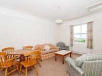 2 bedroom flat in Beechwood House, The Beeches, Barton Road
