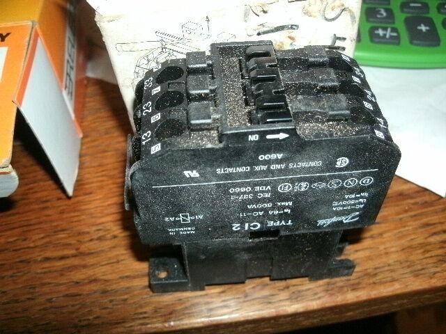 Danfoss Contactor Type CI 2 control relay max 500 VA 110v/50hz 3no aux contacts