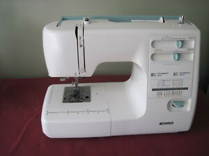 Machine a Coudre Kenmore