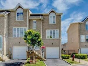 MOVE IN READY! COUGHLAN BUILT 3 BR STARTER HOME IN PICKERING!