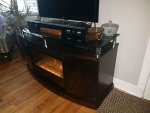 Dimplex Fireplace Unit / TV Stand