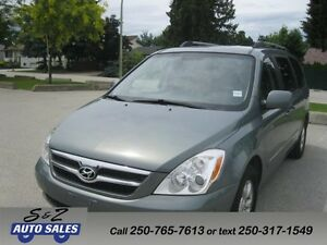 2008 Hyundai Entourage LOW KM! 7 PSG!