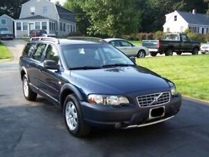 2004 Volvo XC70 SUV, Crossover - 7 SEATS + Booster Seats