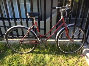 Red ladies cruiser/city bike