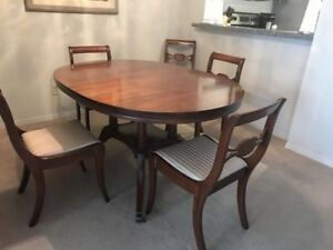 Antique Solid Mahogany Table, 2 Leaves, 6 Chairs