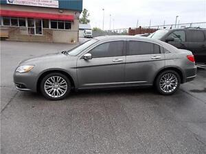 2012 Chrysler 200 Limited Windsor Region Ontario image 2