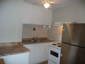 2BRM Apt, Lakeshore West! Available July 1st or Negotiable.