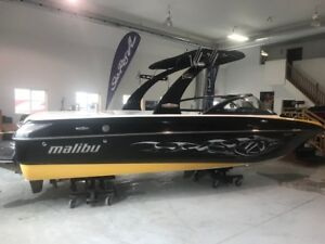 Malibu Wakesetter VLX with Trailer