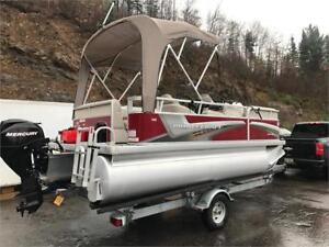 ***IMMACULATE 1 OWNER*** 2014 17' PRINCECRAFT PONTOON LOW HOURS!