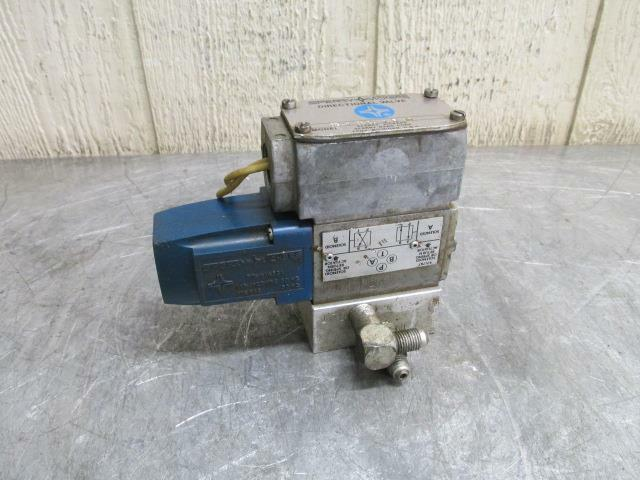 Sperry Vickers DG4V-3-2A-W-B-10 Hydraulic Directional Control Solenoid Valve