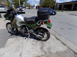 KLR650 2001 KAWASAKI ( Mechanic safety include) Ready to go.