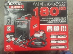 Welding Machine Lincoln Electric Weld-Pak 180HD Wire Feed Welder