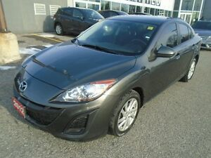 2011 Mazda Mazda3 **HEATED SEATS, ALLOY RIMS, A/C & CRUISE!!** G