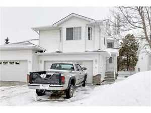 3 level townhouse St. Albert Available March 1