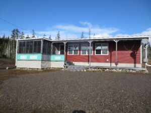 OCEANFRONT COTTAGE/HOUSE W/2 PROPERTIES PORT BICKERTON N.S