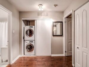 Stunning 1 Bedroom Townhome With Private Terrace