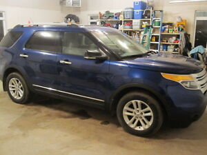 2013 Ford Explorer XLT Loaded, No GST