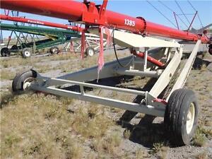 "2016 Farm King 1385 Swing Auger - 13""x85', elect winch & hopper Regina Regina Area image 4"