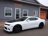 2014 Chevrolet Camaro 2SS 1LE - 6speed ONLY 4600 KMS