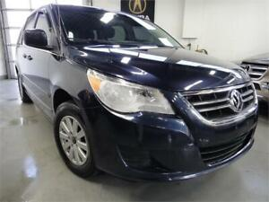 2009 Volkswagen Routan VERY CLEAN,NO ACCIDENT,POWER SLIDING
