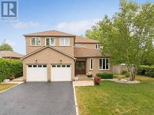 1 Mccron Cres Barrie Ontario Great house for sale!