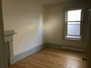 North End Newly Renovated Flat w Parking - Nov 1 or sooner