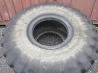 26.5x25 industrial tire used condition