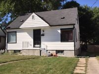 OPEN HOUSE Saturday 2:00-3:00. Cute 3 bed Move-in ready home