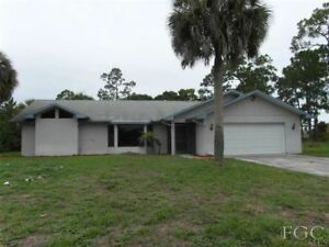 ***Ft Myers, Florida. Vacation Rental. Large Private House***
