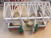 Used Sylvanian Families The courtyard Restaurant, Conservatory & Small House