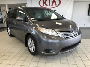 2013 Toyota Sienna LE FWD 3.8L 8 SEATER *REARVIEW CAMERA/CRUISE