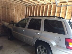 **MECHANIC SPECIAL**2003 Jeep Grand Cherokee SUV - AS IS