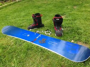 Snowboard with boots, bindings and stomp pad