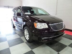 2014 Chrysler Town & Country TOURING,STOW N GO, B/U CAMERA, EASY