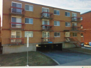 2 Bedroom Byward Market Updated Unit Avail. Oct.25th
