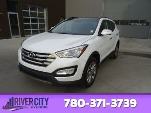 2016 Hyundai Santa Fe Sport AWD SE 2.OT Leather,  Heated Seats,