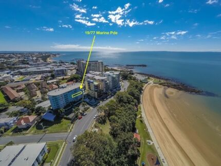 3 bed 2 bath apartment overlooking the beach