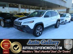 2016 Jeep Cherokee Trailhawk *Lthr/Pano