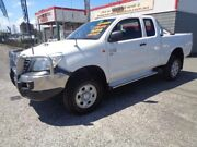 2011 Toyota Hilux KUN26R MY11 Upgrade SR (4x4) White 5 Speed Manual X Cab Cab Chassis Sandgate Newcastle Area Preview