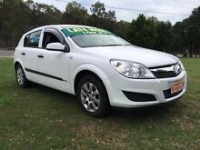 2007 Holden Astra AH MY07 CD White 5 Speed Manual Hatchback Clontarf Redcliffe Area Preview